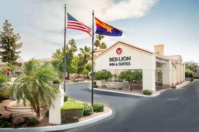 Pet Friendly Hampton Inn And Suites Phoenix/Tempe in Tempe, Arizona