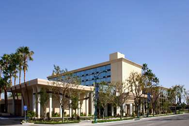 Pet Friendly Red Lion Hotel Anaheim in Anaheim, California