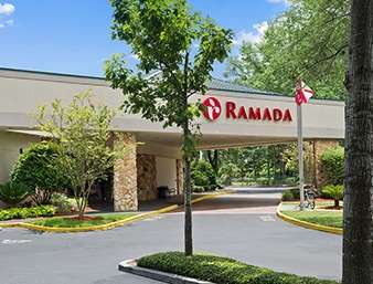 Pet Friendly Ramada Conference Center in Jacksonville, Florida