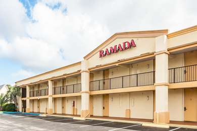 Pet Friendly Ramada Limited in Lake City, Florida