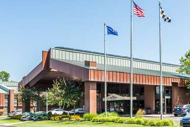 Pet Friendly Jameson Inn Indy South in Indianapolis, Indiana