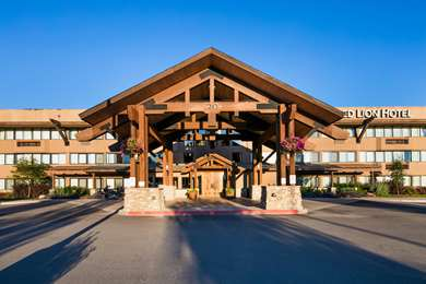Pet Friendly Red Lion Hotel Kalispell in Kalispell, Montana