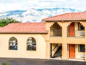 Pet Friendly Days Inn Rio Rancho in Rio Rancho, New Mexico