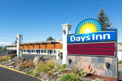 Pet Friendly Days Inn Bend in Bend, Oregon