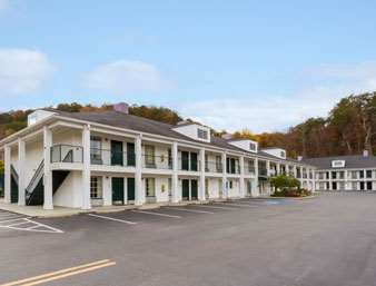Pet Friendly Jameson Inn Cleveland in Cleveland, Tennessee