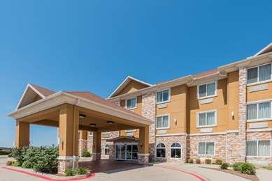 Pet Friendly Days Inn & Suites Cleburne Tx in Cleburne, Texas