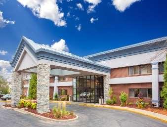 Pet Friendly Baymont Inn & Suites in Madison, Wisconsin