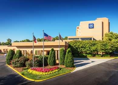 Pet Friendly Sheraton Charlotte Airport Hotel in Charlotte, North Carolina