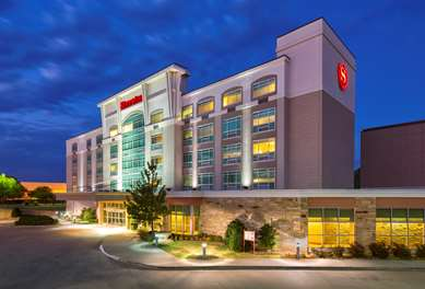 Pet Friendly Sheraton Midwest City Hotel At The Reed Conference Center in Oklahoma City, Oklahoma