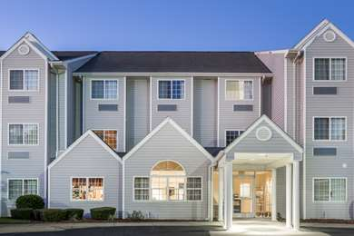 Pet Friendly Microtel Inn And Suites Marianna in Marianna, Florida