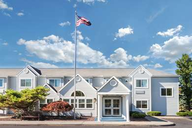 Pet Friendly Microtel Inn Rochester Victor in Victor, New York
