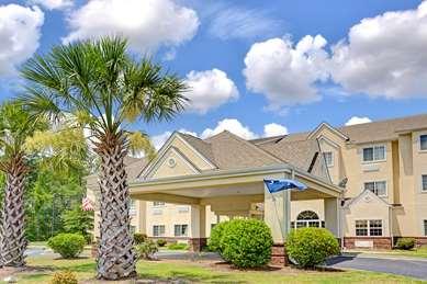 Pet Friendly Microtel Inn And Suites Walterboro in Walterboro, South Carolina