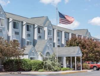 Pet Friendly Knights Inn And Suites Allentown in Allentown, Pennsylvania