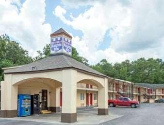 Pet Friendly Knights Inn Point South Yemassee in Ridgeland, South Carolina