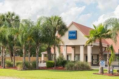 Pet Friendly Travelodge Inn & Suites Jacksonville Airport in Jacksonville, Florida