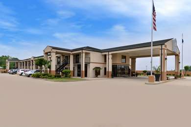 Pet Friendly Best Western Inn in Monroeville, Alabama