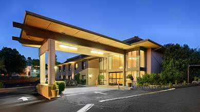 Pet Friendly Best Western Plus Sonora Oaks Hotel & Conference Center in Sonora, California