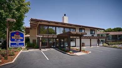 Pet Friendly Best Western Plus Inn Scotts Valley in Scotts Valley, California