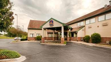Pet Friendly Best Western Monticello Gateway Inn in Monticello, Illinois