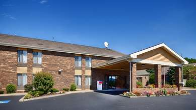 Pet Friendly Quality Inn in Tully, New York