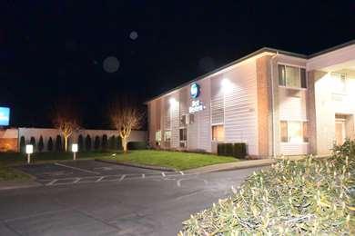 Pet Friendly Best Western Newberg Inn in Newberg, Oregon