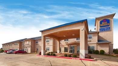 Pet Friendly Best Western Club House Inn & Suites in Mineral Wells, Texas