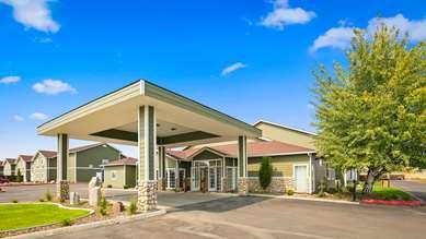 Pet Friendly Best Western Plus The Inn At Horse Heaven in Prosser, Washington