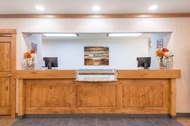 Pet Friendly Days Inn & Suites Bozeman in Bozeman, Montana