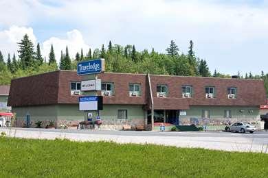 Pet Friendly Travelodge Hotel Kenora in Kenora, Ontario