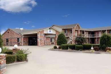 Pet Friendly Americas Best Value Inn in Cabot, Arkansas