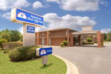 Pet Friendly Americas Best Value Inn & Suites in Searcy, Arkansas