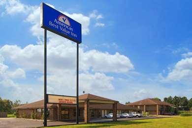 Pet Friendly Americas Best Value Inn in West Memphis, Arkansas