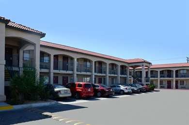 Pet Friendly Americas Best Value Inn in Hesperia, California