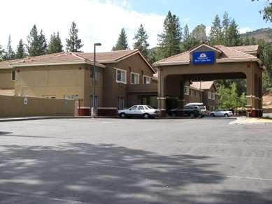 Pet Friendly Americas Best Value Inn-Yosemite South Gate in Oakhurst, California