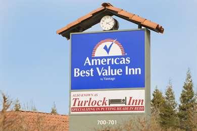 Pet Friendly Americas Best Value Inn in Turlock, California