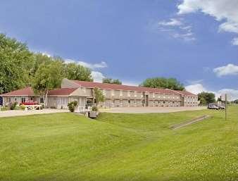 Pet Friendly Americas Best Value Inn in Atlantic, Iowa