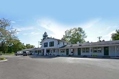 Pet Friendly Americas Best Value Inn-Jonesville/Hillsdale in Jonesville, Michigan