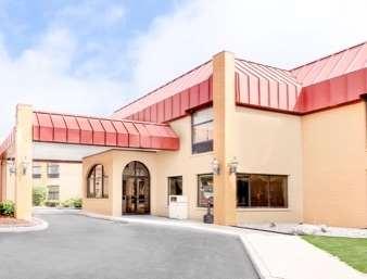 Pet Friendly Americas Best Value Inn & Suites in Kalamazoo, Michigan