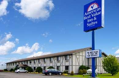 Pet Friendly Americas Best Value Inn & Suites in International Falls, Minnesota