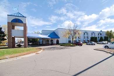 Pet Friendly Americas Best Value Inn & Suites-Shakopee/Minneapolis in Shakopee, Minnesota