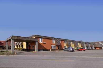 Pet Friendly Americas Best Value Inn & Suites in Saint Cloud, Minnesota