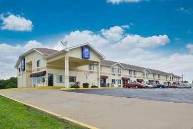 Pet Friendly Americas Best Value Inn & Suites in Harrisonville, Missouri