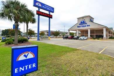 Pet Friendly Americas Best Value Inn-Gulfport in Gulfport, Mississippi