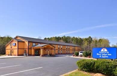 Pet Friendly Americas Best Value Inn & Suites in Albemarle, North Carolina