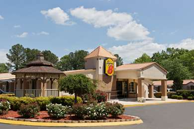 Pet Friendly Americas Best Value Inn And Suites-Charlotte Airport in Charlotte, North Carolina