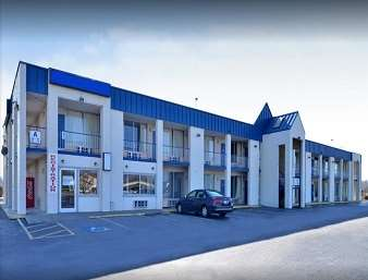 Pet Friendly Americas Best Value Inn in Lumberton, North Carolina