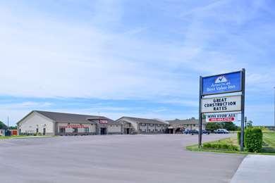 Pet Friendly Americas Best Value Inn in South Sioux City, Nebraska