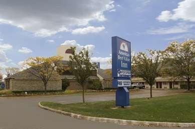 Pet Friendly Americas Best Value Inn-Columbus/West in Columbus, Ohio