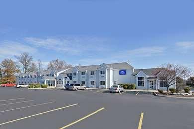 Pet Friendly Americas Best Value Inn & Suites - Sunbury / Delaware in Sunbury, Ohio