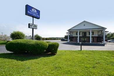 Pet Friendly Americas Best Value Inn in Winnsboro, South Carolina